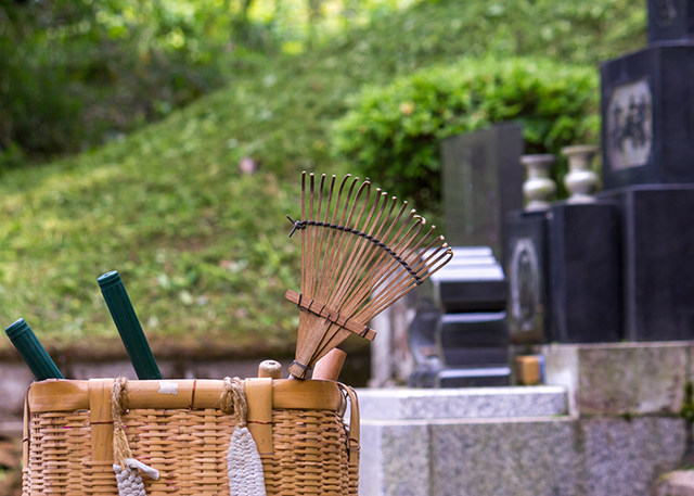 葬儀の前に鎌倉の【墓石センター】へご相談ください